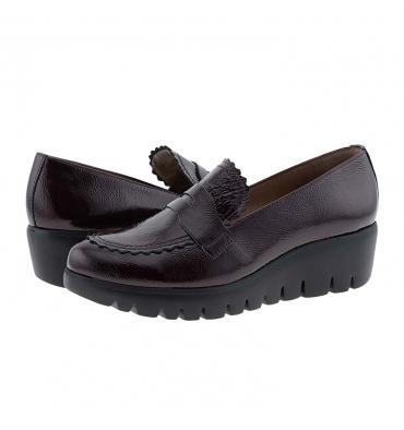 https://cache1.paulaalonso.es/11516-112027-thickbox_default/zapatos-c33223-piel-charol-burdeos-wonders.jpg