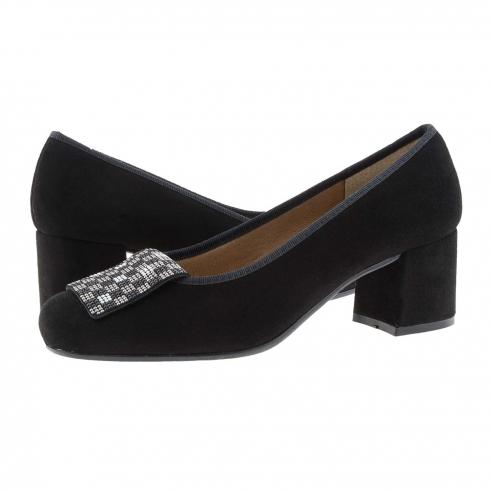 https://cache1.paulaalonso.es/11561-112371-thickbox/zapatos-piel-ante-negro-y-lengueta-con-brillos.jpg
