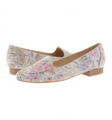 https://cache1.paulaalonso.es/11923-115024-thickbox_default/zapatos-piel-estilo-sleepers-estampado-flores.jpg