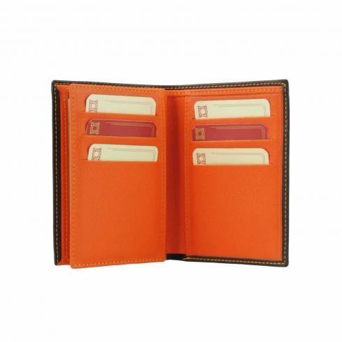 https://cache2.paulaalonso.es/817-74842-thickbox/billetero-para-seis-tarjetas-en-cuero.jpg