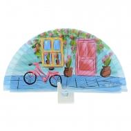 Abanico azul diseño puerta,ventana y bicicleta